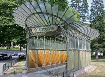 Hector Guimmard_Entrada de metrô em Paris