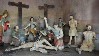 21 - Aleijadinho_-_Crucificação_de_Jesus_-_Santuário_do_Bom_Jesus_de_Matosinhos_-_Congonhas